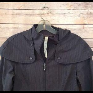 Lululemon detachable hood rain jacket